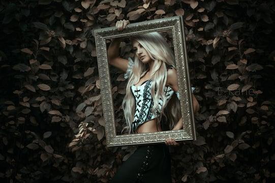 EvanKane_portrait_photography_props_1.jpg